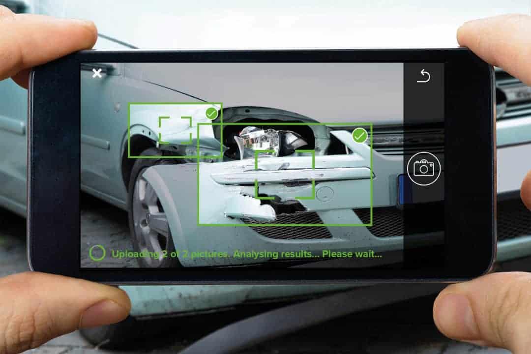Schadenfotos hochladen, Kennzeichen angeben, und innerhalb von 20 Sekunden erstellt IDE mittels KI eine detaillierte Beurteilung sichtbarer und nicht sichtbarer Fahrzeugschäden. <Q>GFT