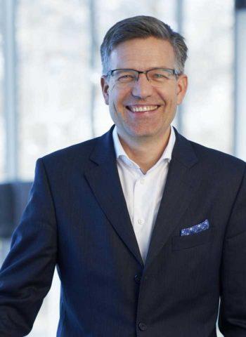 Oliver Köth, Chief Technology Officer bei NTT Data plädiert für starken IoT-Einsatz bei Banken