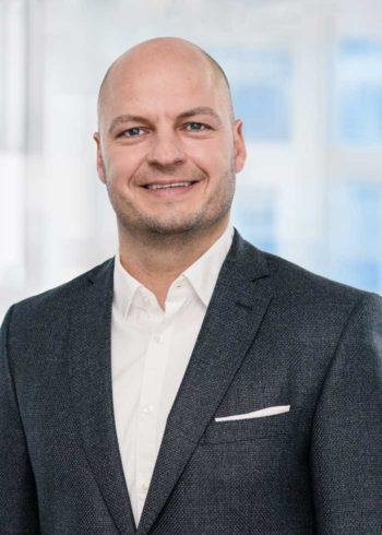 Tilo Hacke, Privatkundenvorstand der DKB