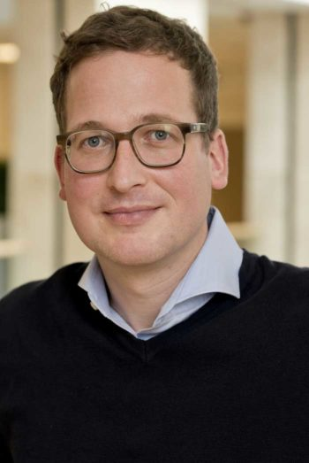 Über Microsoft Teams: Daniel Höfelmann, Director Innovation Management Aareal Bank Wiesbaden<q>Aareal