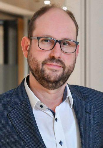 Über Microsoft Teams: Mathias Magold, Director IT Services Aareal Bank WiesbadenAareal