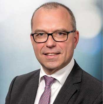 Achim Thienel, Geschäftsführer bei Finastra<q>Finastra