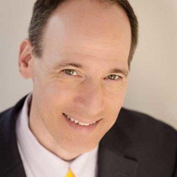 Alan Jacobson, Chief Data and Analytics Officer Alteryx - sagt, dass Mitarbeiter Ihre Datenkompetenz überschätzen