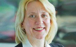 IT-Vorstand Dr. Andrea van Aubel verlässt AXA